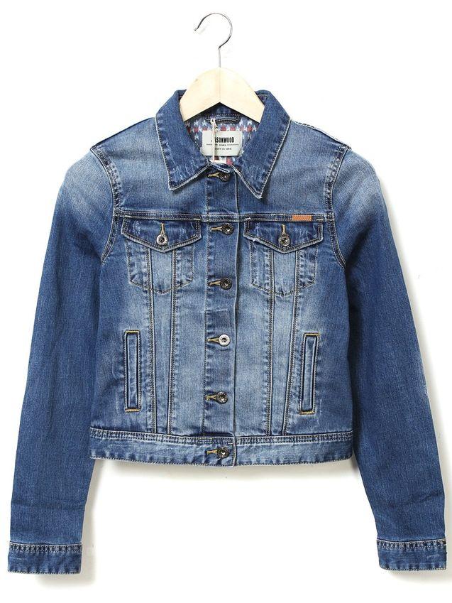 图案 jasonwood/JASONWOOD本期最新牛仔外套:面料方面采取了水洗工艺,非常...