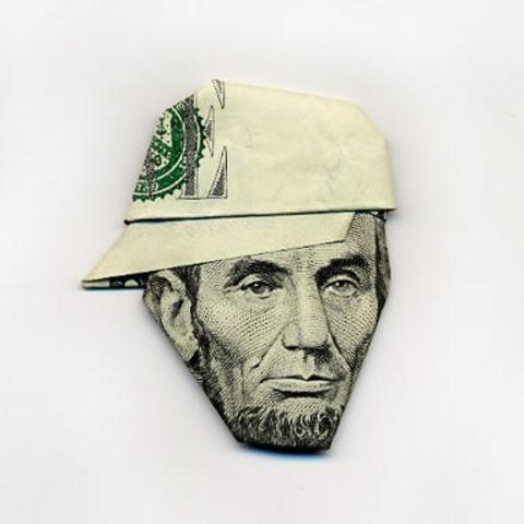 艺术 钱币/【日本折纸大师Yosuke Hasegawa 用纸币创出帽子戏法!