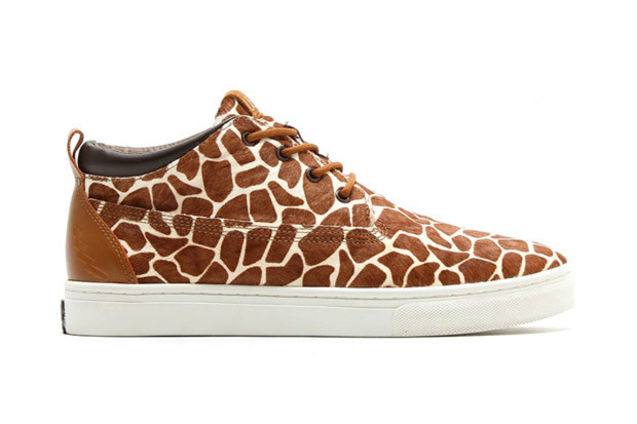 伦敦/Foot Patrol x UBIQ Fatima Mid 联名鞋款来自伦敦的知名鞋店...